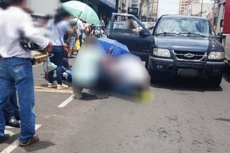 Motociclista sofre fratura exposta no pé e outros ferimentos em acidente no centro de Tupã