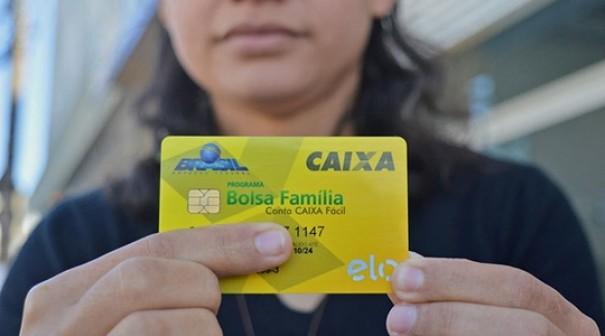 Governo retira 1,3 milhão de beneficiários do Programa Bolsa Família