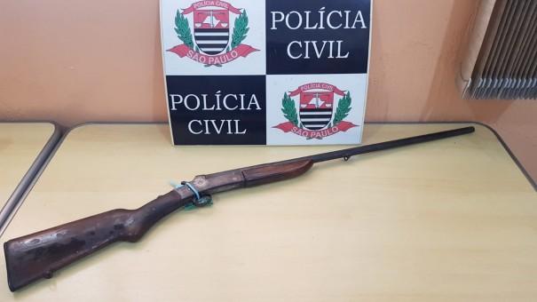 Polícia Civil apreende arma de fogo em Osvaldo Cruz