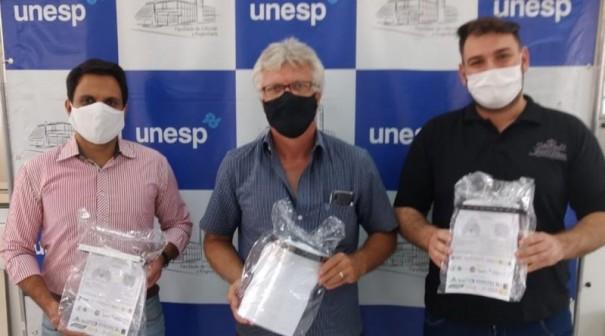 Unesp de Tupã doa 60 máscaras do tipo escudo facial para a área de saúde de Salmourão