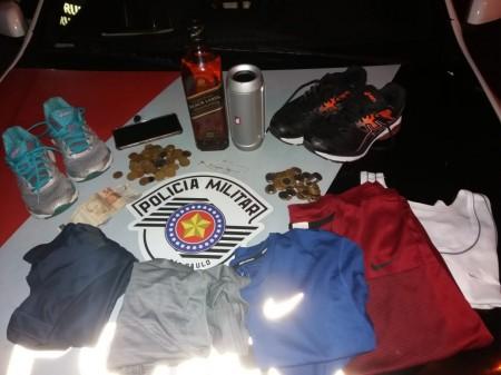 Polícia Militar prende autores e recuperam produtos de furto antes que o dono percebesse o ocorrido, em Adamantina