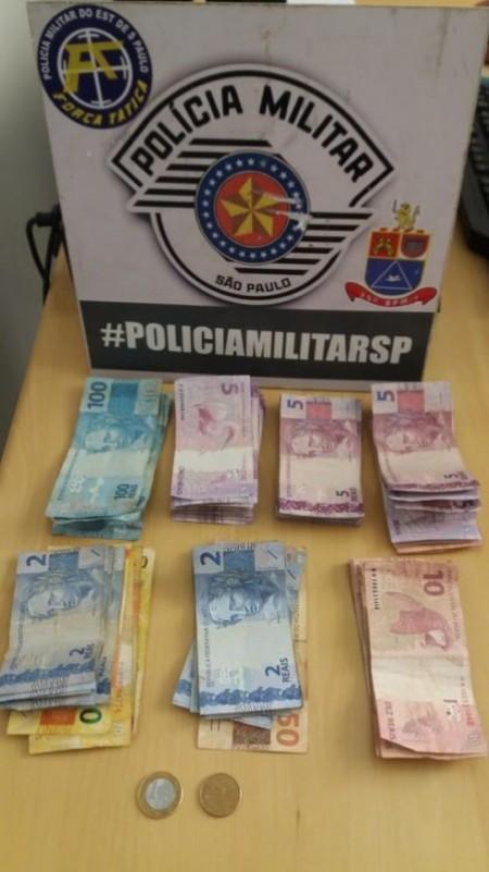 Polícia Militar age rápido e recupera quase R$1 mil furtados em Pacaembu