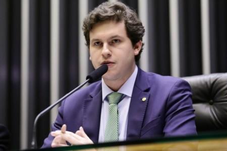 Deputado Enrico Misasi é o novo líder do PV em Brasília