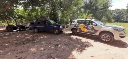 Polícia Rodoviária apreende carga de pneus de caminhão oriundos do Paraguai