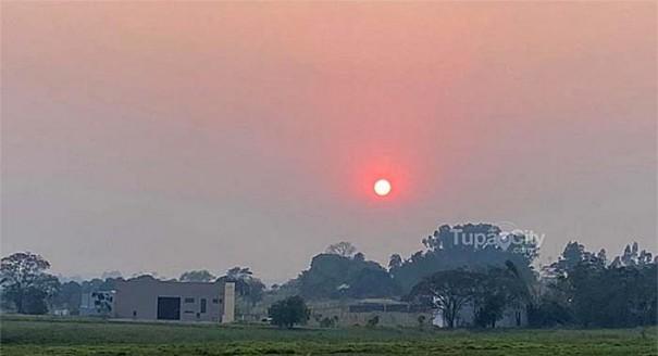 Fumaça de queimadas na Amazônia e Pantanal se estende por 3 mil quilômetros e atinge Tupã, Bastos e região