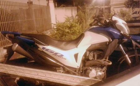 Polícia Militar de Iacri flagra individuo com moto furtada em distrito de Alto Alegre