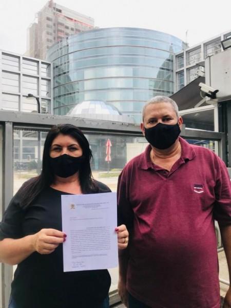 Prefeita Vera e Vice-Prefeito Amilton protocolam ofício de intenção de compra de vacinas da Pfizer