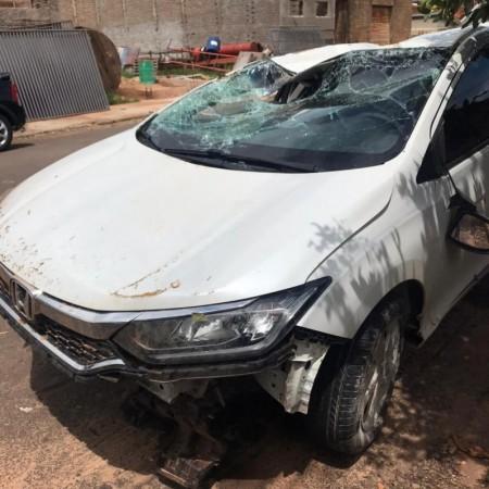 Capotamento de veículo na SP-294 em Flórida Paulista deixa uma pessoa ferida