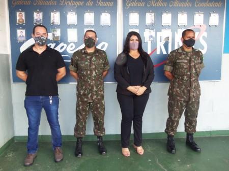 Prefeita Vera toma posse como diretora do Tiro de Guerra de Osvaldo Cruz e recebe novo comandante