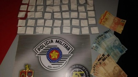 Força Tática da PM prende homem em flagrante por tráfico de drogas, em Osvaldo Cruz