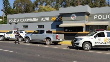 Motorista é preso em flagrante com veículo clonado em Pirapozinho