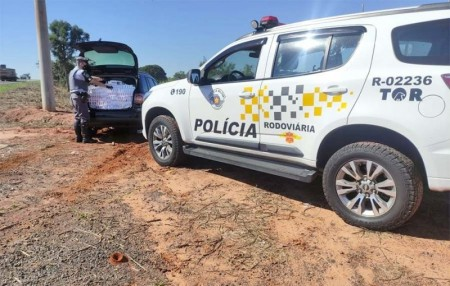 Polícia Rodoviária apreende cigarros contrabandeados e recupera veículo furtado na SP-425