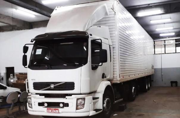 Prefeitura de Osvaldo Cruz recebe caminhão e veículo da Receita Federal