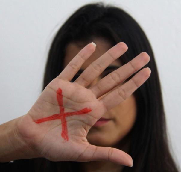 Uma em cada quatro mulheres foi vítima de algum tipo de violência na pandemia no Brasil, aponta pesquisa