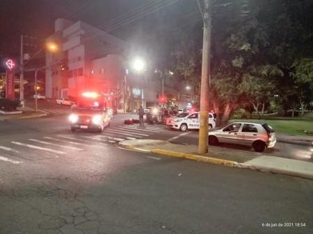 Idosa é atropelada por moto no cruzamento das avenidas da Saudade e 14 de Setembro em Presidente Prudente