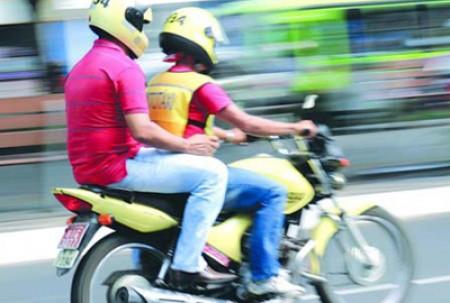 Decreto fixa valores para serviços de mototaxistas em OC