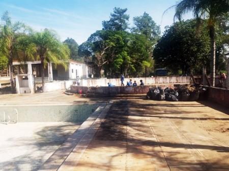 Prefeitura de Lucélia realiza limpeza da área do Salto Botelho