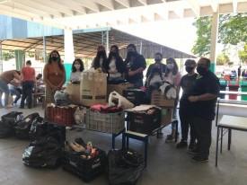 Fundo Social de Osvaldo Cruz recebe doação de roupas dos alunos da Escola Estadual