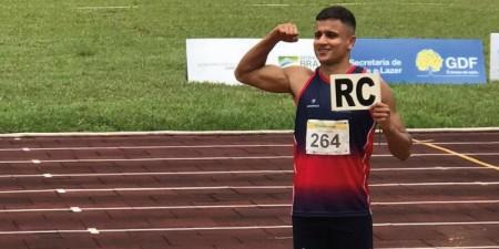 Adamantinense bate recorde em Jogos Universitários Brasileiros no salto em distância