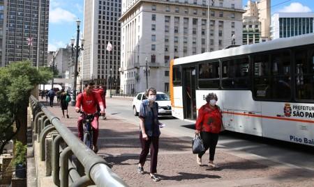 Ministro diz que dispõe de R$ 7 bi para investir em mobilidade urbana