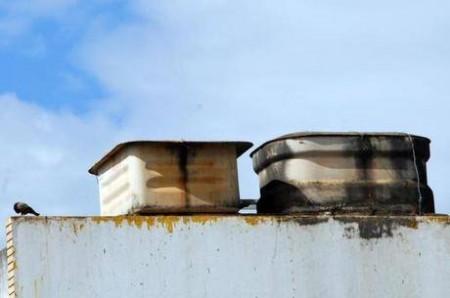 Supremo proíbe comercialização do amianto, usado em caixas d'água