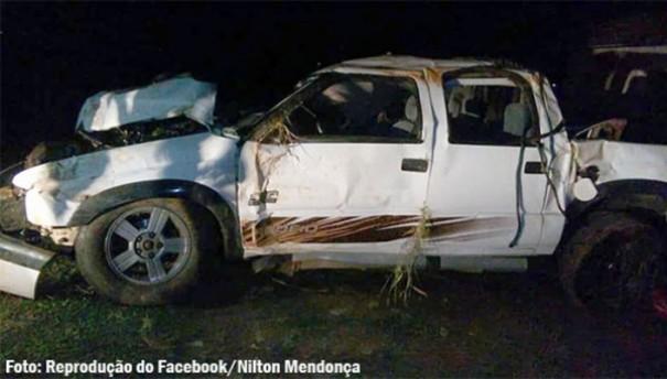 Dois jovens morrem e quatro ficam feridos em capotamento em Rancharia
