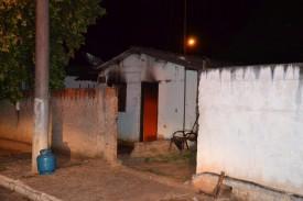 Homem coloca fogo na própria casa em Sagres após desentendimento com a amásia