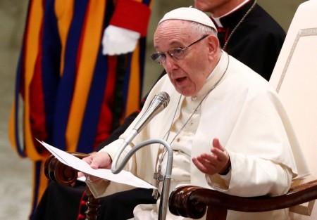 Vaticano modifica catecismo e declara que pena de morte é inadmissível