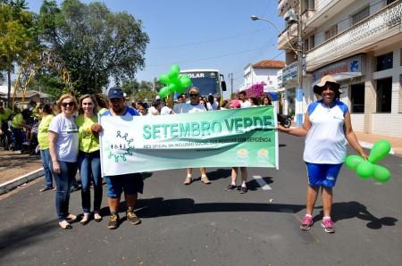 Apae de Osvaldo Cruz realizou 1ª caminhada da inclusão nesta quinta-feira