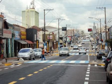 Pequenos estabelecimentos varejistas amenizam crise no mercado de trabalho formal de Osvaldo Cruz
