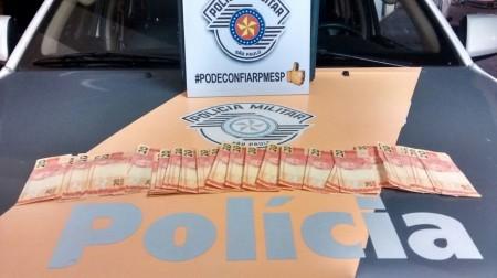 Polícia Rodoviária apreende 50 notas falsas de R$ 20 transportadas por passageiros de ônibus