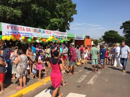 Loja Maçônica Osvaldo Cruz 503 e Sindicato Rural promovem Festa das Crianças em Salmourão