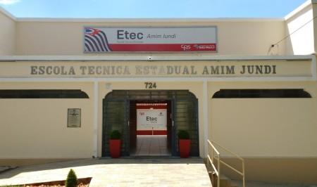 Etec Amim Jundi oferece vagas remanescentes para três cursos técnicos