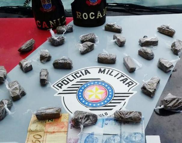 Polícia Militar prende homem com 26 tabletes de maconha
