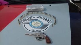 Força Tática da PM apreende drogas e arma de fogo com passageira de ônibus na SP-294