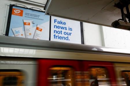 Empresas de tecnologia devem ser responsabilizadas por 'fake news', dizem parlamentares britânicos