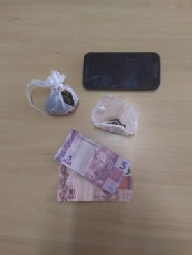 PM apreende adolescente por tráfico de drogas em Adamantina