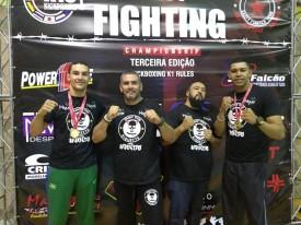 Atletas da Academia Muay Thai Riquette são campeões no Elity Fighting