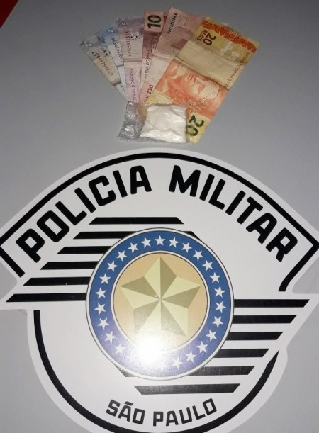 Polícia Militar de OC registra ocorrência por porte de entorpecente na Vila Esperança