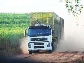 Justiça apreende caminhões do Grupo Clealco por dívida com banco
