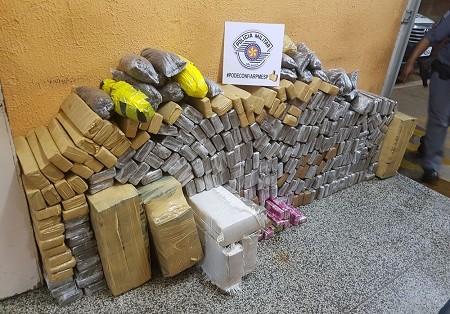 Homem é preso com carga de mais de 419 quilos de maconha em Presidente Epitácio