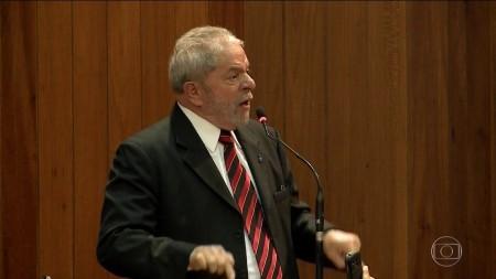 Em julgamento virtual, maioria da Segunda Turma do STF rejeita liberdade a Lula; falta um voto