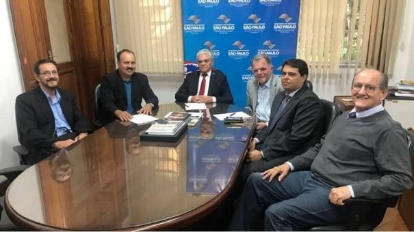Edmar Mazucato recebe incentivo financeiro para ações na Penitenciária de Osvaldo Cruz