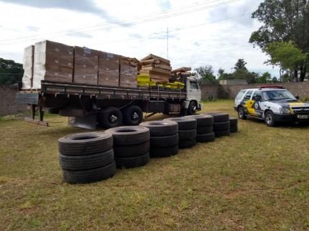 TOR faz apreensão de carregamento ilegal de pneus