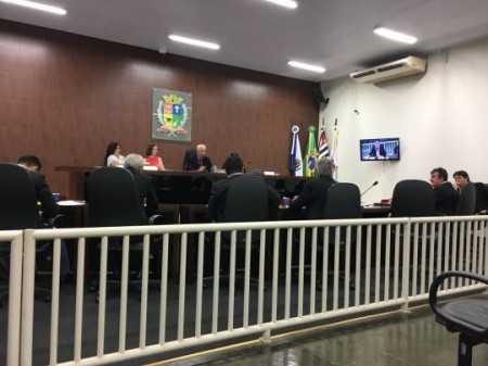 Vereadores aprovam emendas que alteram a lei e mudam o funcionamento da Área Azul