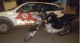 Polícia Miliar flagra furto de moto e prende assaltante