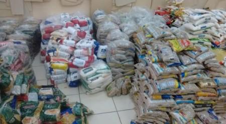 Campanha do Fundo Social arrecada alimentos em Adamantina