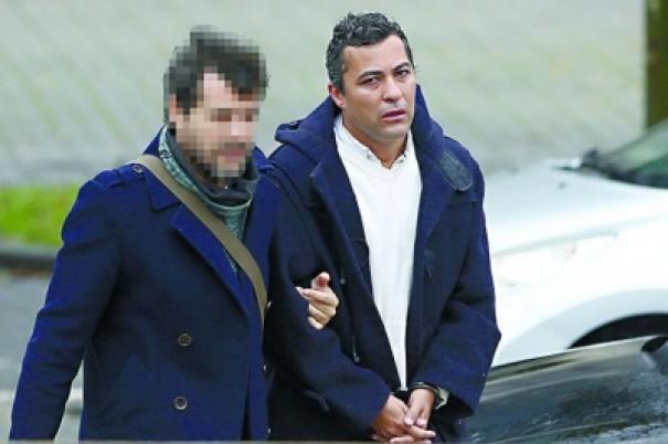 Em Portugal, ex-diretor do Azulão é investigado por levar jogadores de forma ilegal