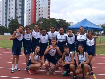 Equipe Infantil de Atletismo de OC conquista bons resultados competindo em Jundiaí