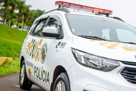 Adolescente é flagrado dirigindo carro em 'zigue-zague' na Rodovia da Integração, em Presidente Venceslau